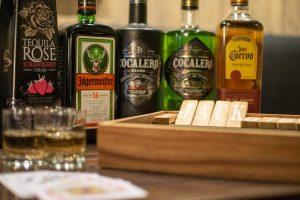 新宿 Bar Jackの魅力は『飲み放題×豊富な飲み会ゲーム』
